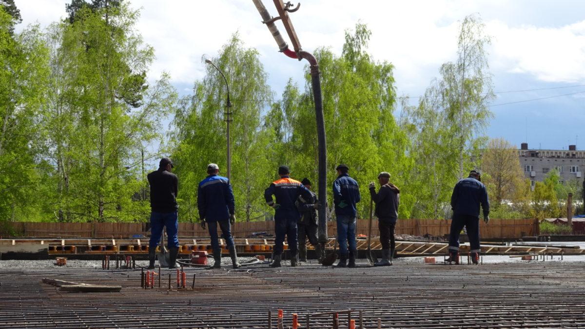 Андрей Чернышев: Начинается очередной этап строительства бассейна Братского университета